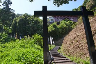 玉縄城址の七曲がり坂の画像です。