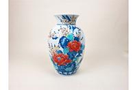 佐賀県伊万里市お礼の品 色鍋島梅牡丹文花瓶