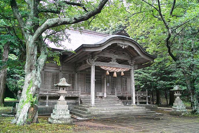 島根県西ノ島町由良比女神社(ゆらひめじんじゃ)