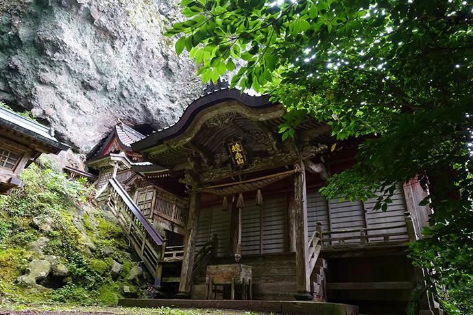 島根県西ノ島町焼火(たくひ)神社